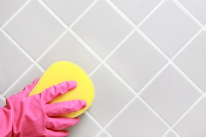 Fliesenfugen / Kachelfugen auffrischen, reinigen & putzen - Flecken entfernen