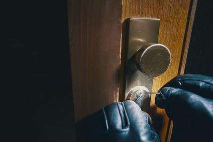 Einbruchszahlen steigen – Tipps zum richtigen Absichern von Türen