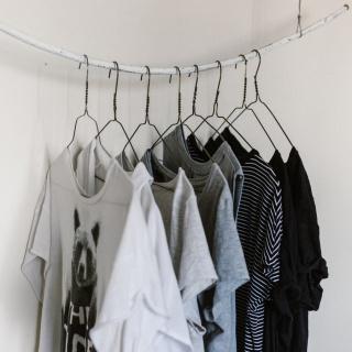 Fettflecken auf Kleidung entfernen