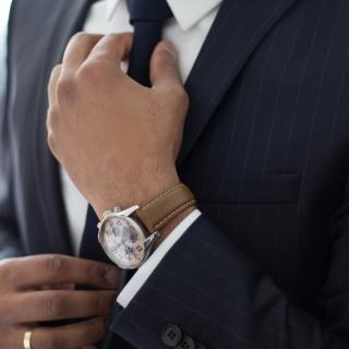 Fettflecken auf Krawatten / Schlips entfernen