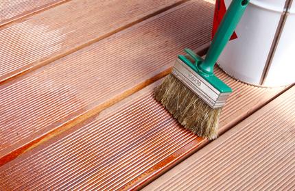 Holz richtig lackieren und streichen
