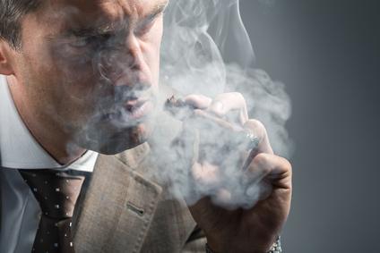 Kalten Zigarettenrauch aus der Wohnung vertreiben