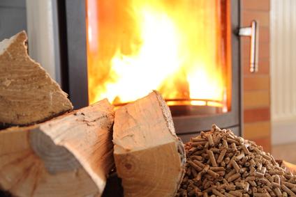 Kamin reinigen – So wird der Kaminofen richtig sauber