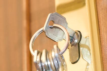 Maßnahmen wenn der Schlüssel im Schloss fest steckt