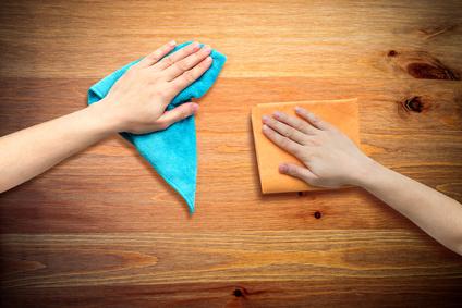 Tipps zur Reinigung von Echtholzmöbeln - worauf achten?